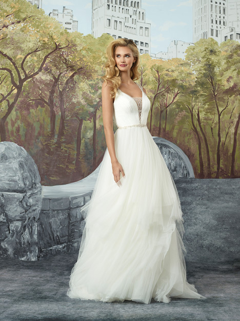 Style 8934 gown from the 2017 Justin Alexander collection, as seen on dressfinder.ca