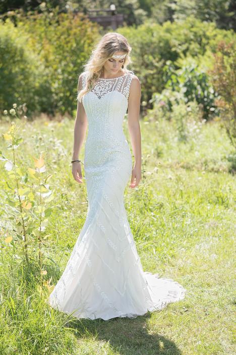 6478 Wedding                                          dress by Lillian West