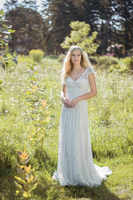 6482 Wedding                                          dress by Lillian West