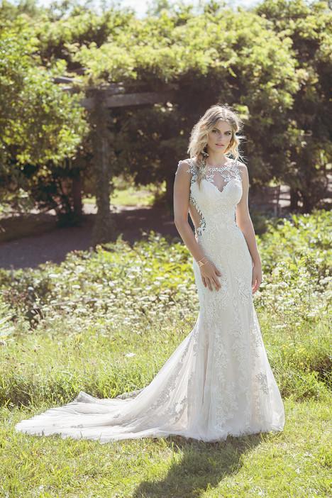 6485 Wedding                                          dress by Lillian West