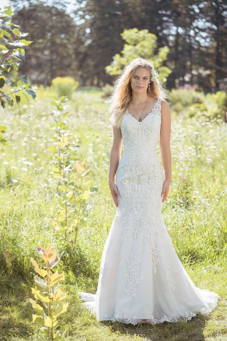 6486 Wedding                                          dress by Lillian West
