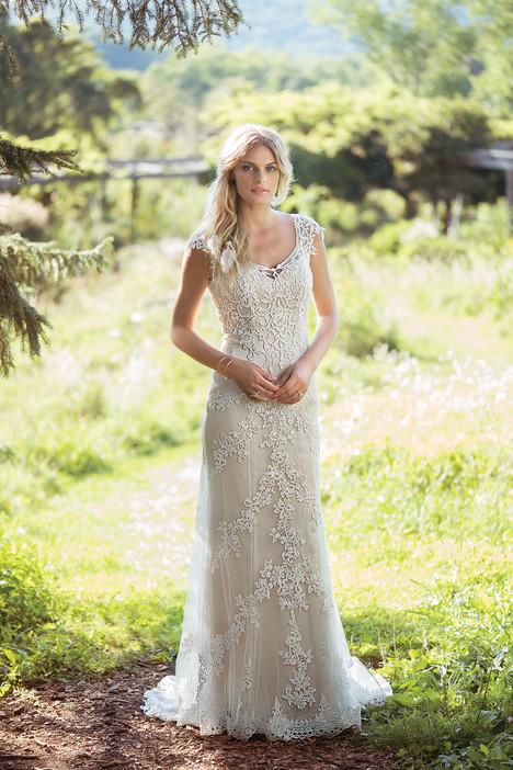 6497 Wedding                                          dress by Lillian West