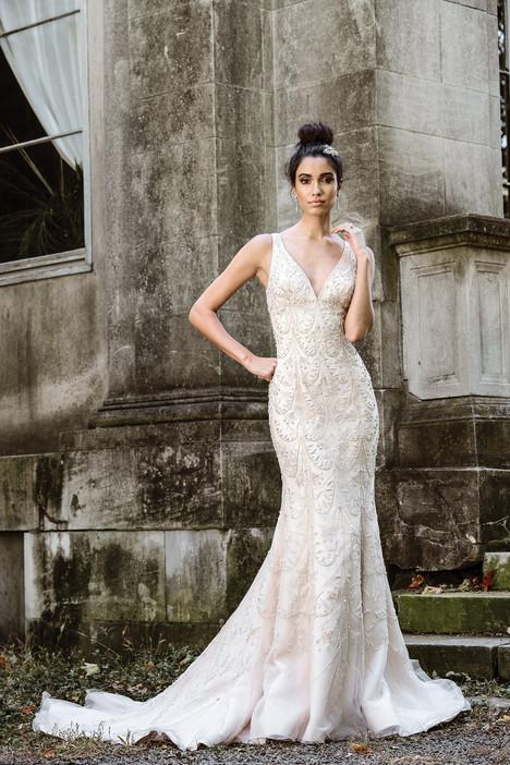 9870 Wedding                                          dress by Justin Alexander Signature