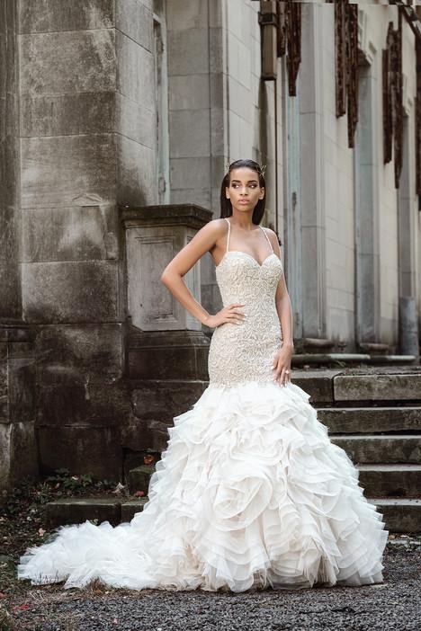 9871 Wedding                                          dress by Justin Alexander Signature