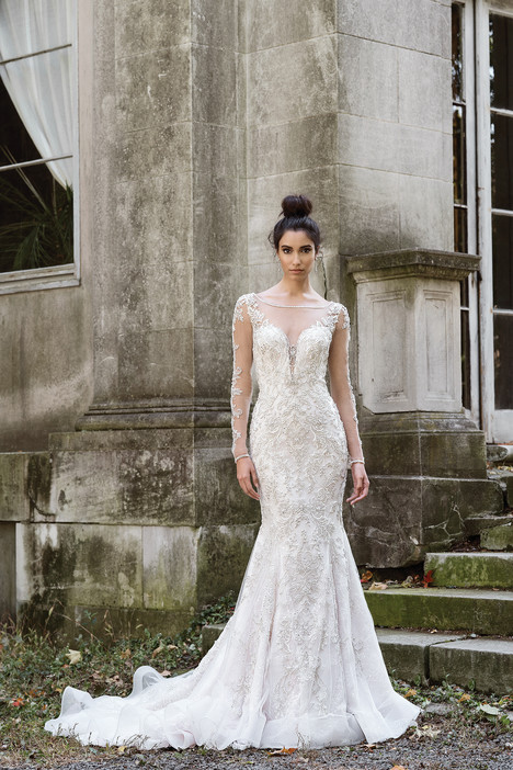 9877 Wedding                                          dress by Justin Alexander Signature