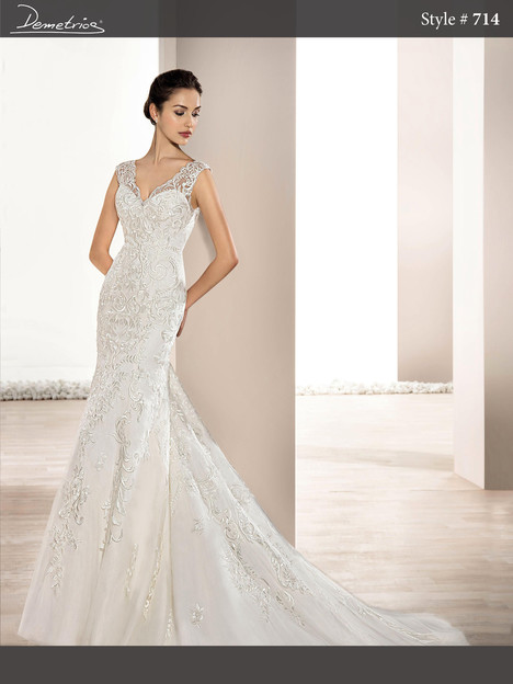 714 gown from the 2017 Demetrios Bride collection, as seen on dressfinder.ca