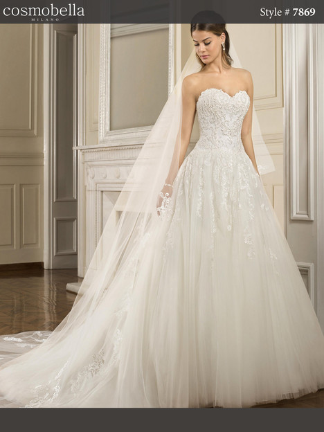 7869 Wedding                                          dress by Cosmobella