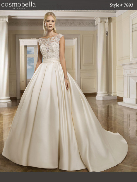 7893 Wedding                                          dress by Cosmobella
