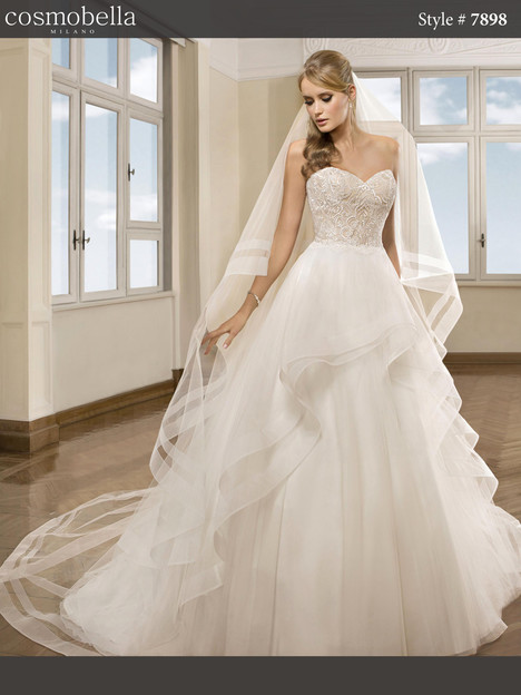 7898 Wedding                                          dress by Cosmobella