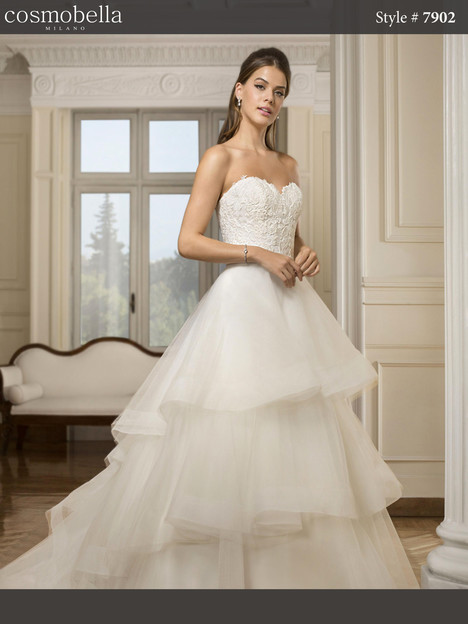 7902 Wedding                                          dress by Cosmobella