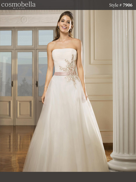 7906 Wedding                                          dress by Cosmobella