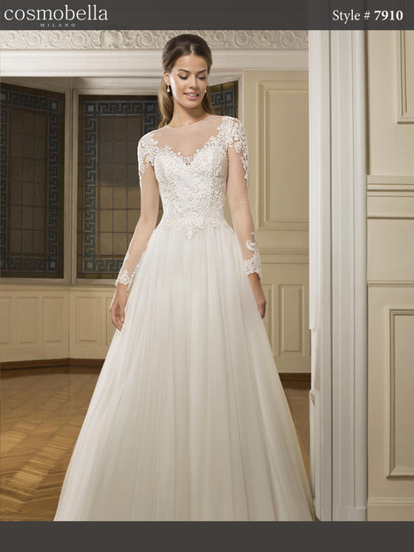 7910 Wedding                                          dress by Cosmobella