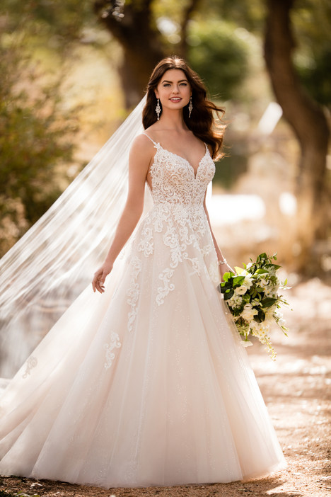 D2363 Wedding                                          dress by Essense of Australia