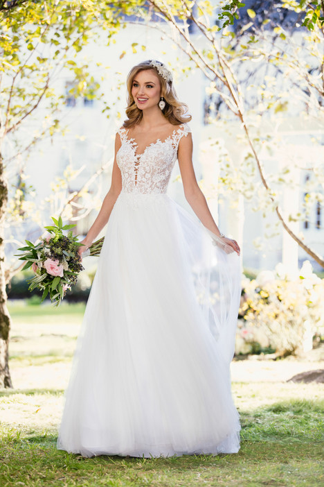 6490 gown from the 2017 Stella York collection, as seen on dressfinder.ca
