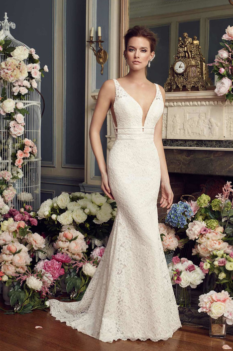 2154 Wedding                                          dress by Mikaella