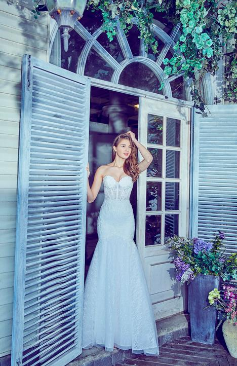 LA7277 Wedding                                          dress by L'Amour by Calla Blanche