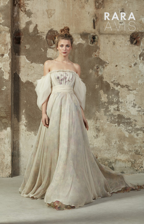 Hilori Wedding                                          dress by Rara Avis