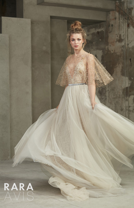 Holli gown from the 2018 Rara Avis collection, as seen on dressfinder.ca