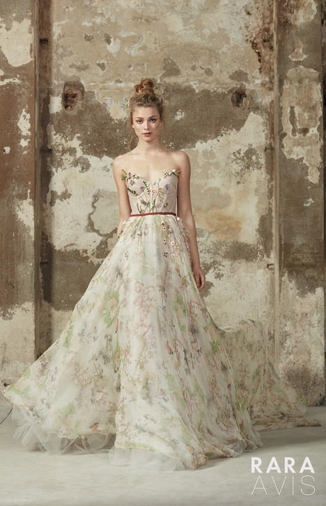 Lily Wedding                                          dress by Rara Avis