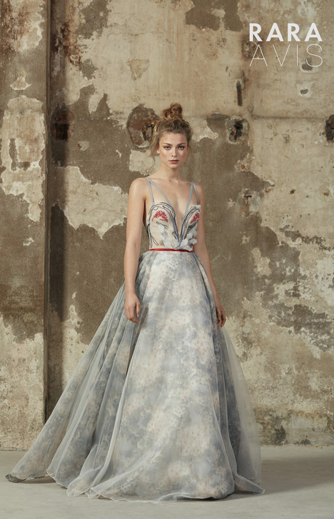Maria Wedding                                          dress by Rara Avis