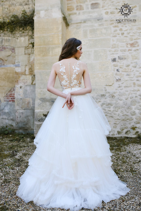 Alin (back) Wedding                                          dress by Ange Etoiles