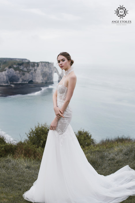 Bett Wedding                                          dress by Ange Etoiles