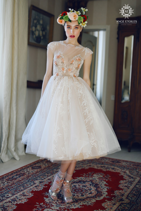Fibi Wedding                                          dress by Ange Etoiles