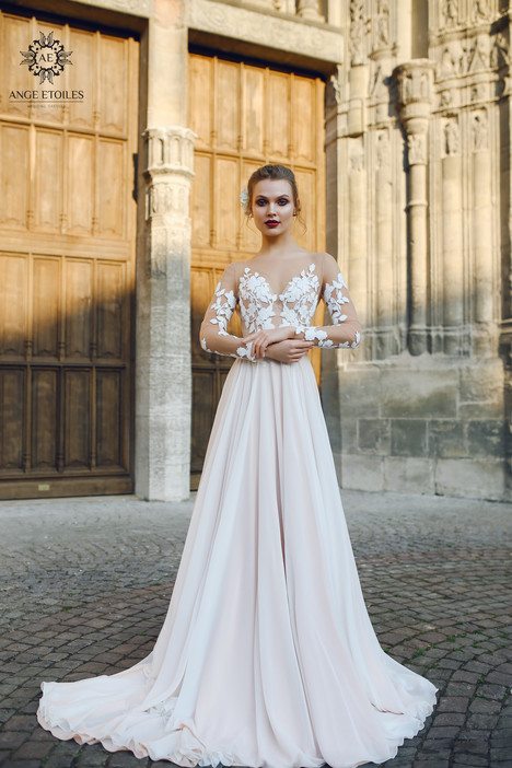 Filisi Wedding                                          dress by Ange Etoiles