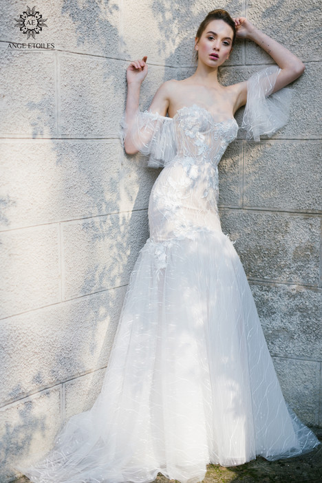 Kaprina Wedding                                          dress by Ange Etoiles