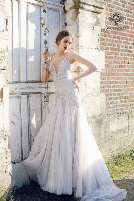 Serena Wedding                                          dress by Ange Etoiles