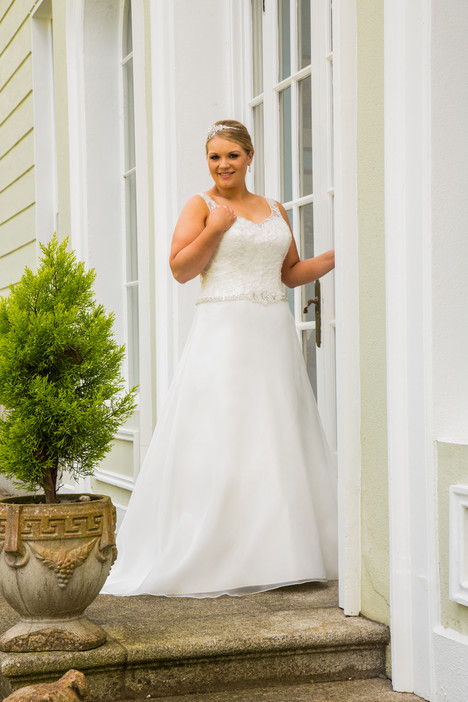 320 Wedding                                          dress by Beautiful Bride Plus