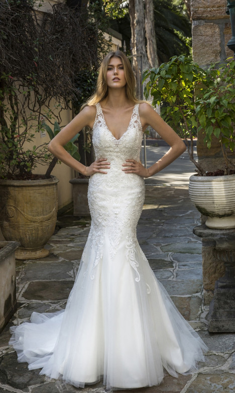 4335 Wedding                                          dress by Christina Rossi