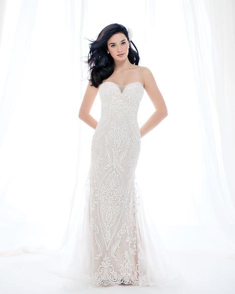 BE393 Wedding                                          dress by Ella Rosa