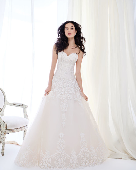 BE404 Wedding                                          dress by Ella Rosa