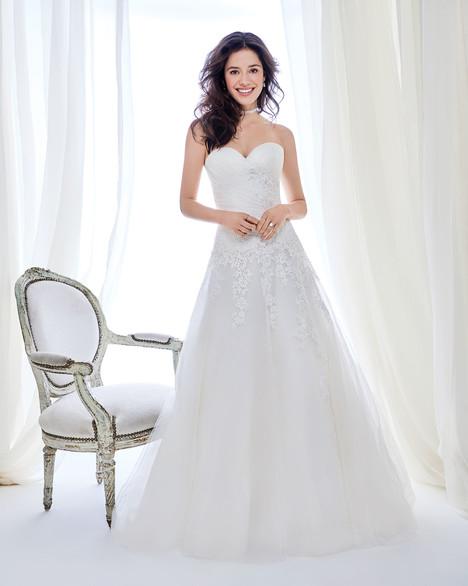 BE411 Wedding                                          dress by Ella Rosa