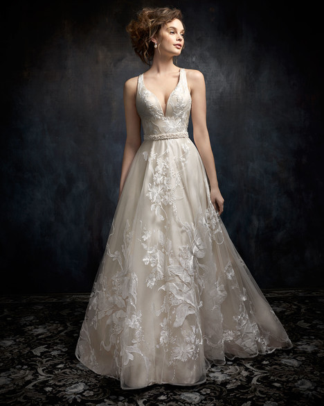 1732 gown from the 2017 Kenneth Winston collection, as seen on dressfinder.ca