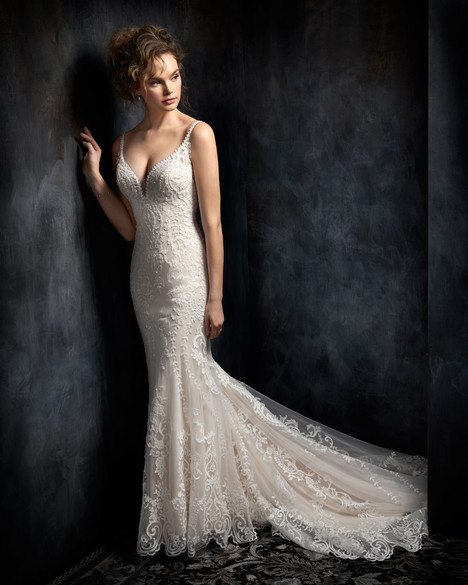 1734 gown from the 2017 Kenneth Winston collection, as seen on dressfinder.ca