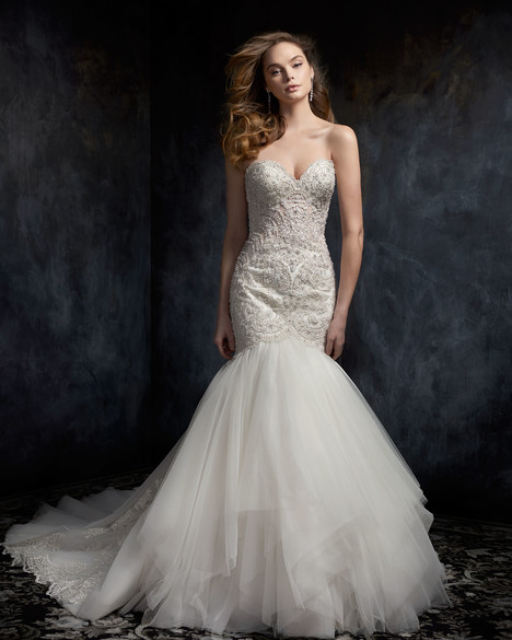 1747 gown from the 2017 Kenneth Winston collection, as seen on dressfinder.ca