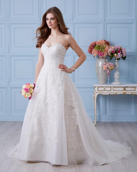 4400 Wedding                                          dress by Romantic Bridals: Hearts Desire
