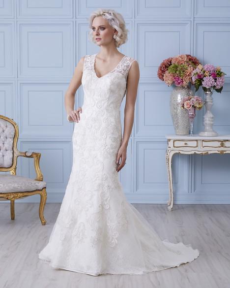 4401 Wedding                                          dress by Romantic Bridals : Hearts Desire