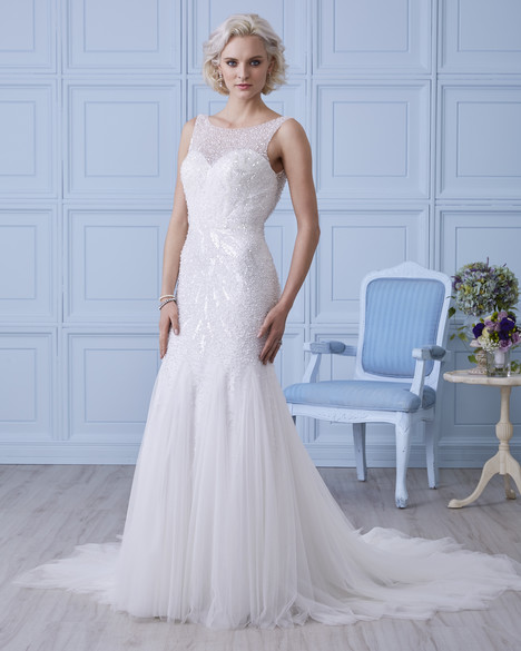 gown from the 2017 Romantic Bridals: Hearts Desire collection, as seen on dressfinder.ca