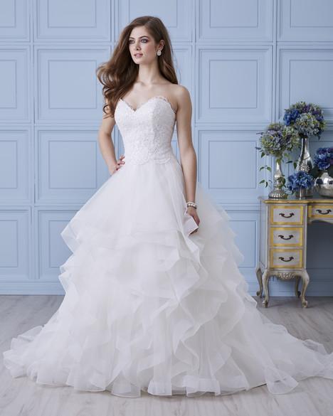 4415 Wedding                                          dress by Romantic Bridals : Hearts Desire
