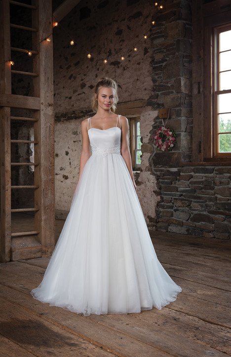 1109 Wedding                                          dress by Sweetheart