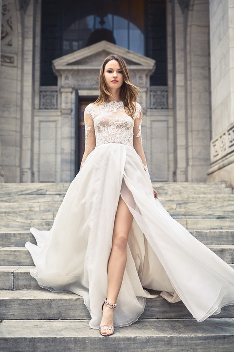 BL18108 Wedding                                          dress by Monique Lhuillier: Bliss