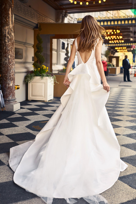 BL18120 (back) Wedding                                          dress by Monique Lhuillier : Bliss