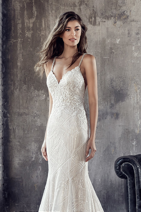 CT192 Wedding                                          dress by Eddy K : Couture