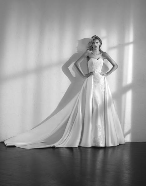 Zensui Wedding dress by Studio St. Patrick