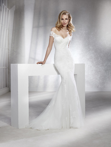 Feli Wedding                                          dress by White One
