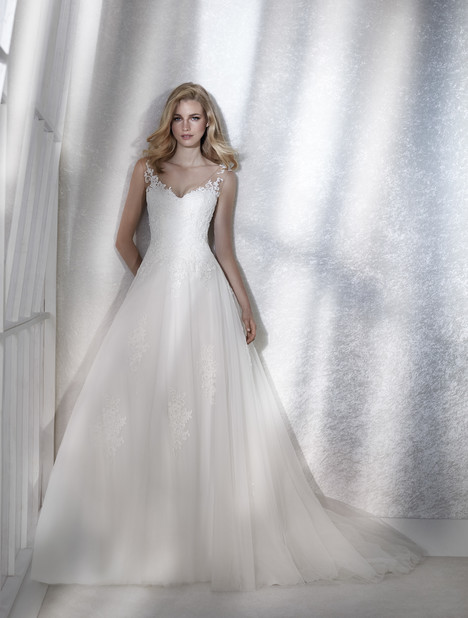 Femme Wedding                                          dress by White One