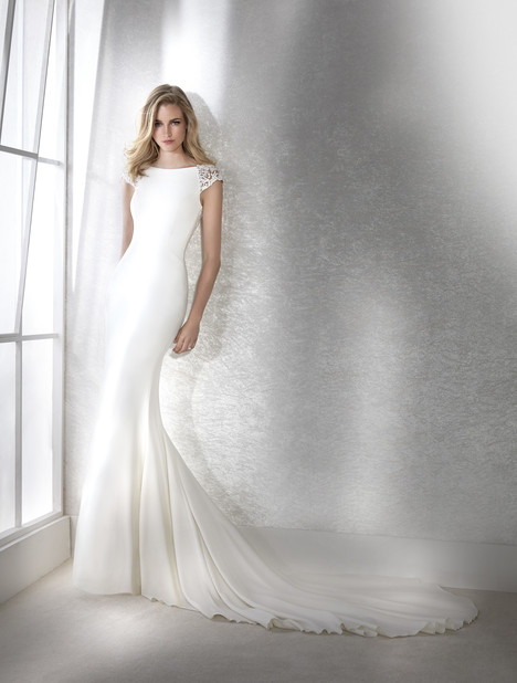 Fiana Wedding                                          dress by White One